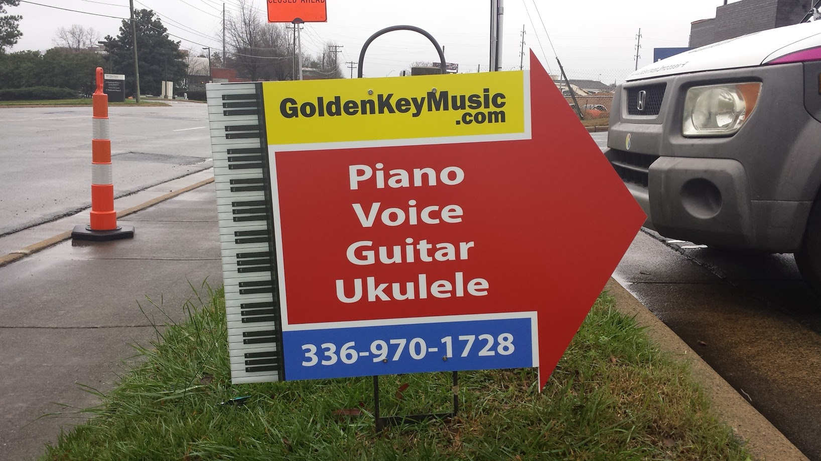 golden key music signage