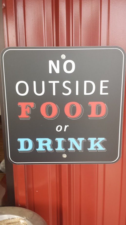 walkertown-seafood-shack-no-outside-food-or-drink-signage-display